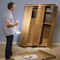 Металлическая мебель vs деревянная